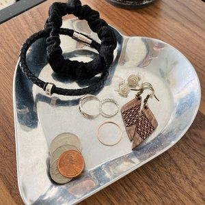 Metal heart catch-all tray